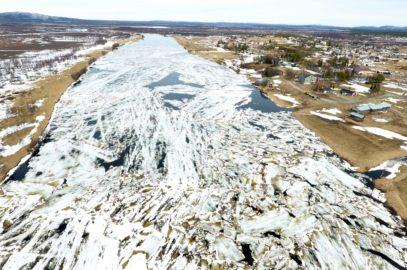 Islossning i Lainio älven 2017 Övre Soppero